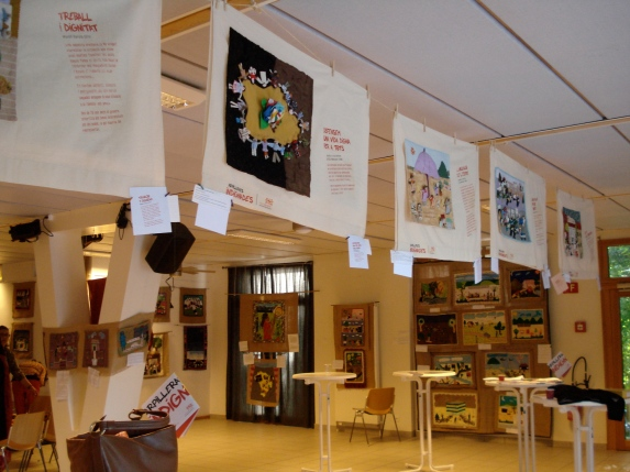 Public exhibition of more than 50 textiles from around the world.